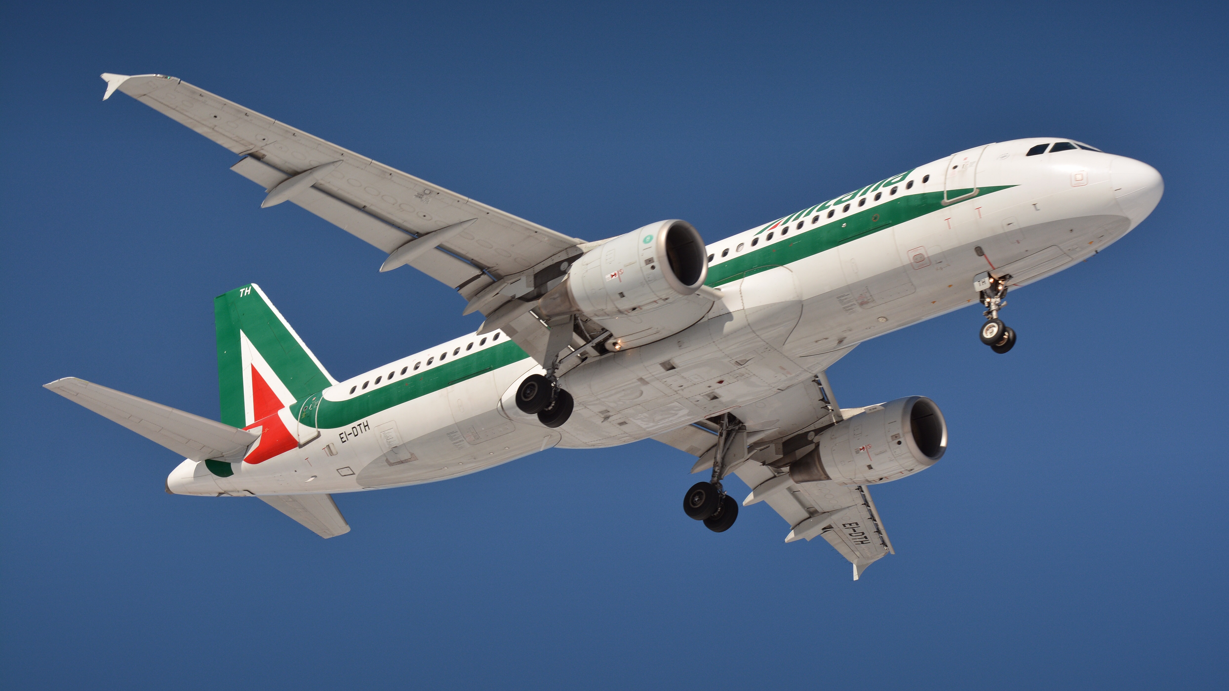 Change of situation at Alitalia from 15 October 2021